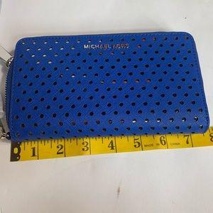 Michael Kors Bags - MK wristlet electric  wallet